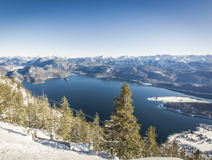 Ausblick Walchensee Winter, © Touristinformation Kochel a. See, Fotograf: Th. Kujat